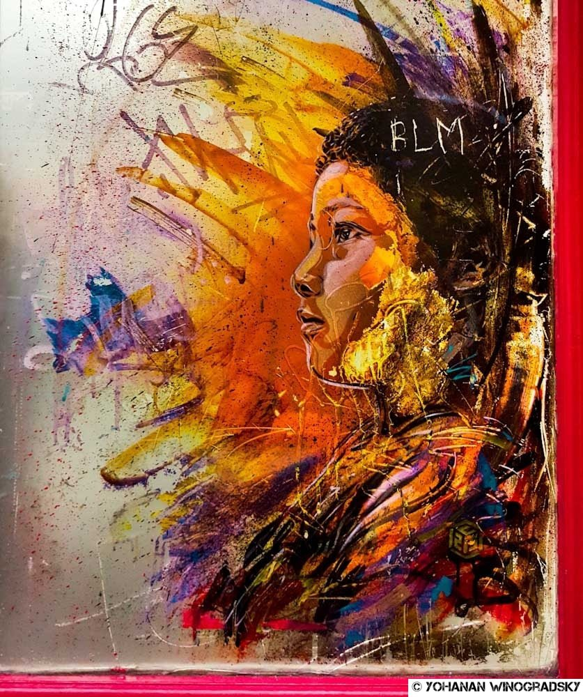 Le miroir – Street art de c215, Londres