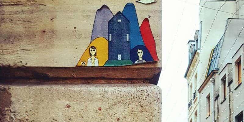 Tout est beau – Street art par Kam & Laurène rue Mouffetard, Paris