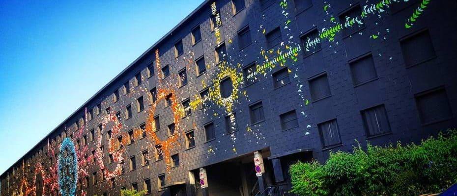 Artemis visa l'univers – Street art origami par Mademoiselle Maurice, Paris