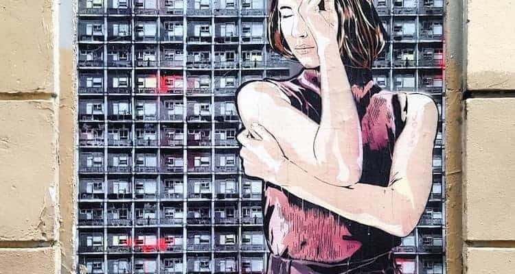 Représentation théâtrale pour la cour – Street art de Jana & JS, Paris